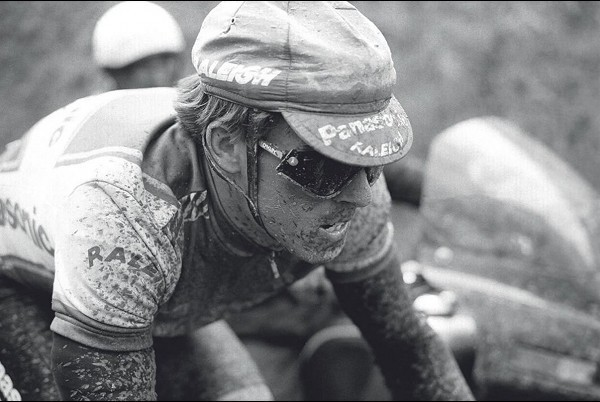 Oakley Heritage Collection: the evolution of a revolution