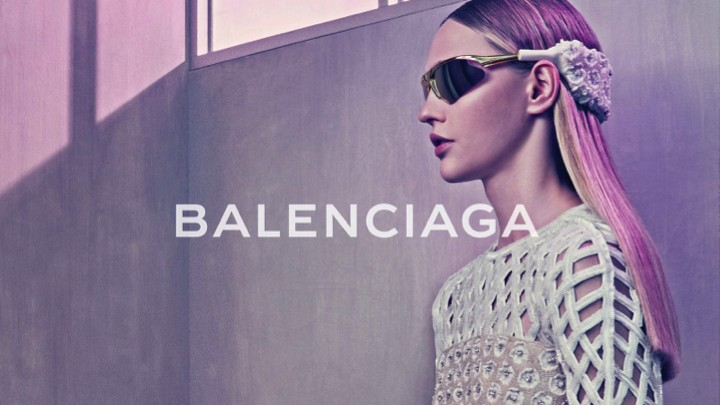 Balenciaga Eyewear collection: an explosion of geometries