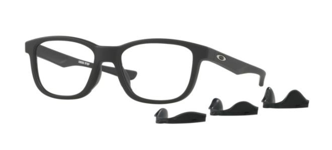 Oakley CROSS STEP OX 8106