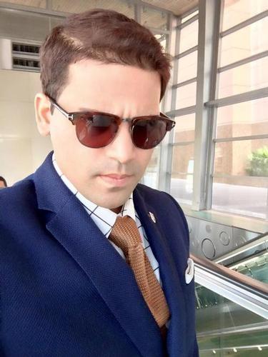 Selfie Kunal_Y2K